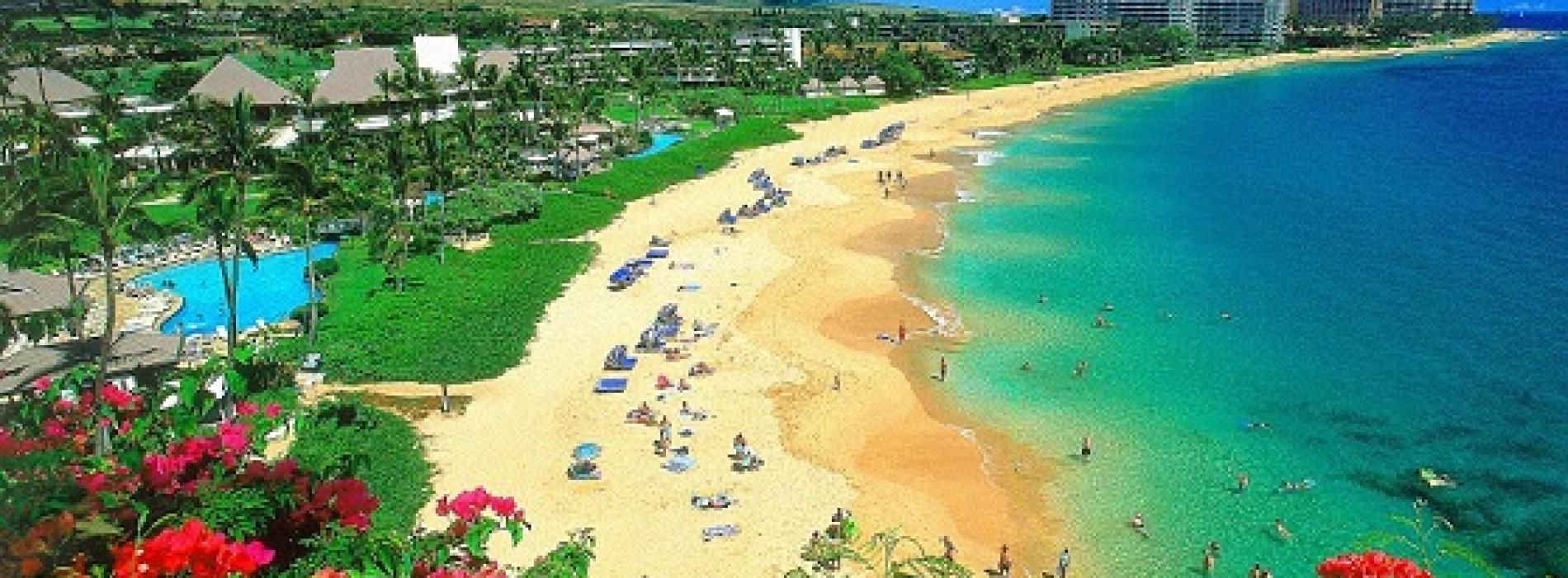 Desculţ pe plajele din Hawaii