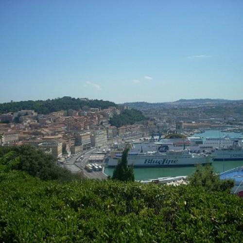 Ancona, micul oraş mare