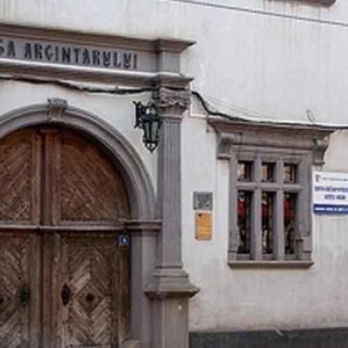 """Fonduri europene pentru """"Casa Argintarului"""" si Centrul Comunitar pentru Tineret din Bistrita"""