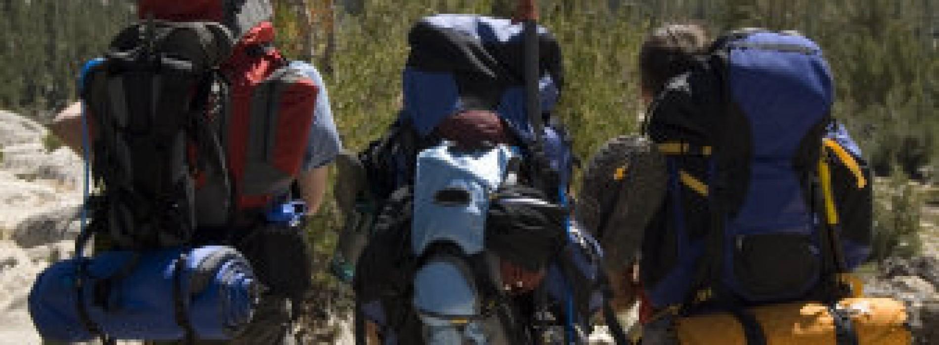 Pleci la mare? Esti călător independent (backpacker)? Citeste mai departe…