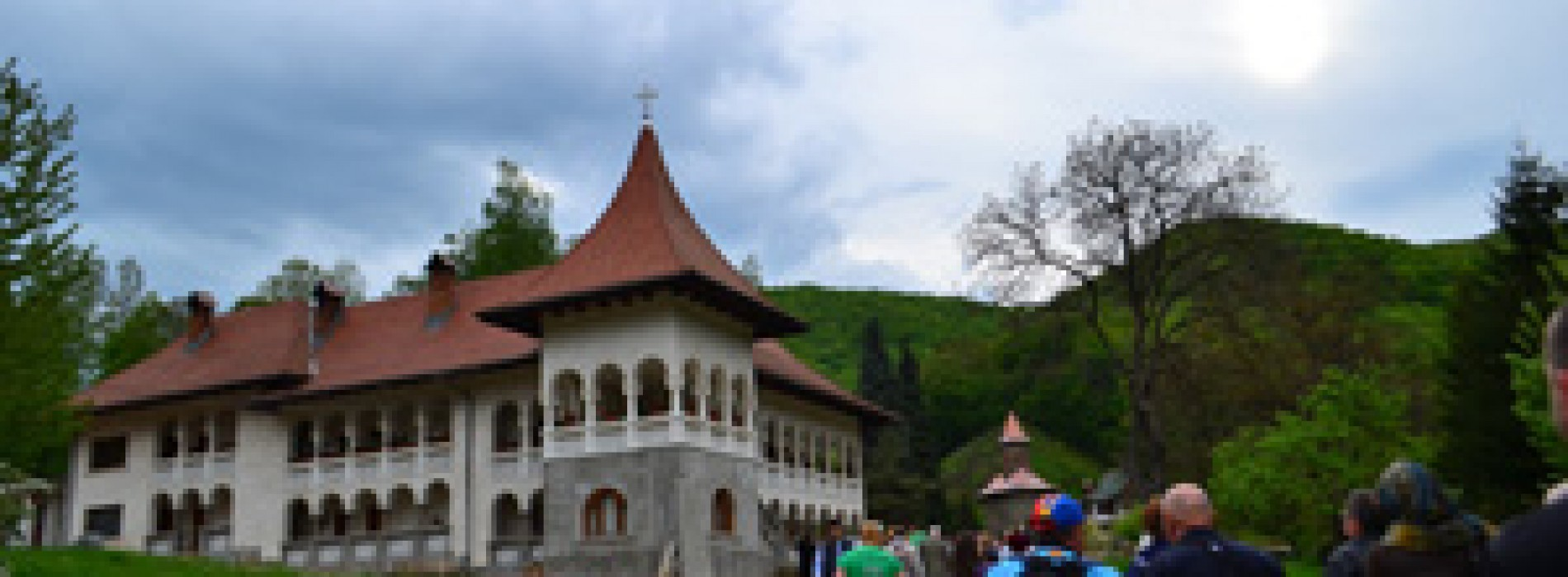Românii au cheltuit în 2013 două miliarde de euro pe vacanțe