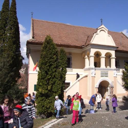 Prima Şcoală Românească  se află la Braşov