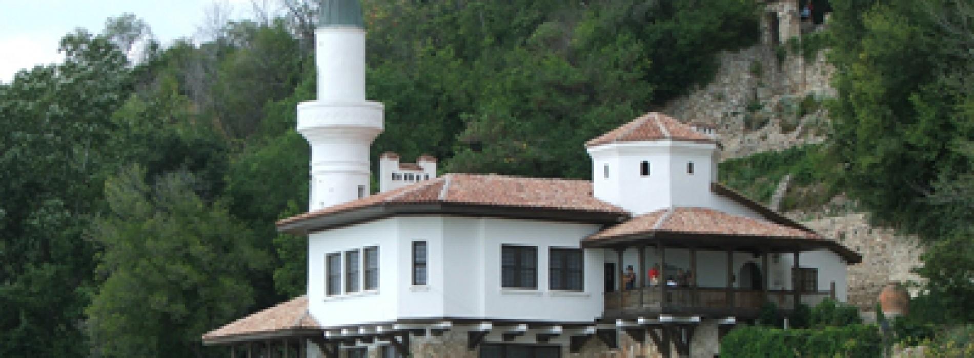 Balcic, un orăşel romantic la malul mării
