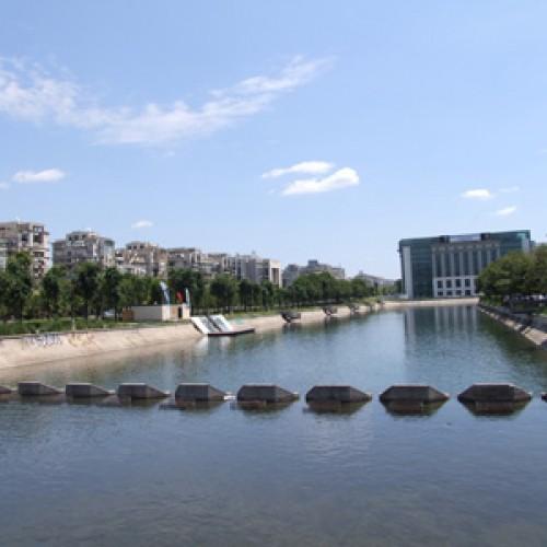 Un alt fel de turism – Vâslim pe Dâmbovița!