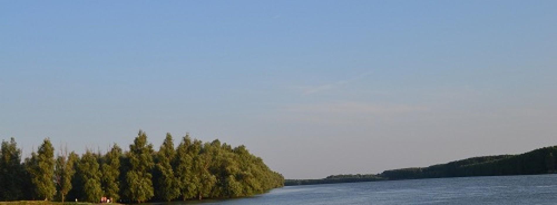 Vacanță activă în zona Măcinului, cu Dunăre și munți bătrâni