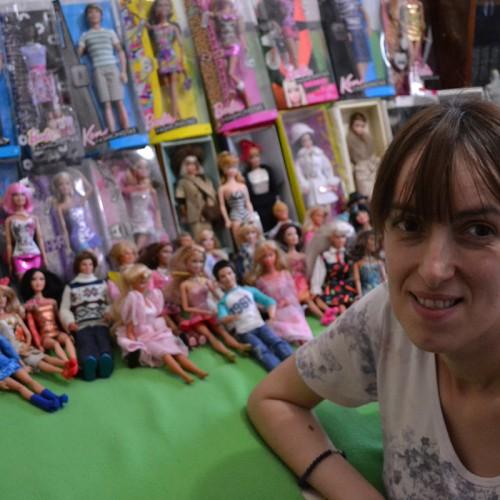 Mamă pentru 200 de Barbie
