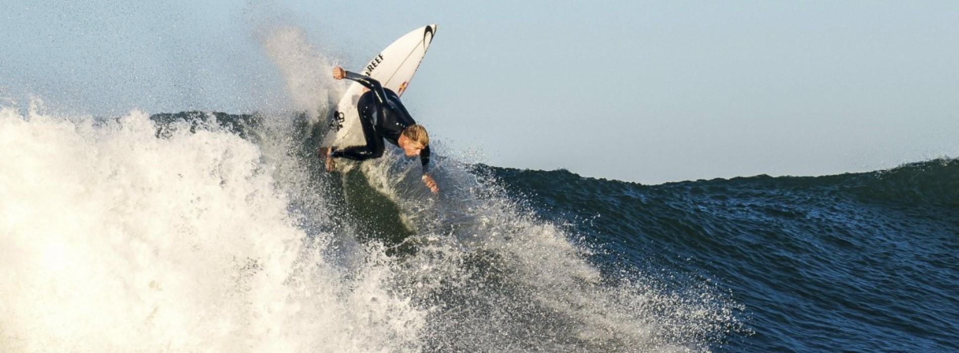 """Surfer-ul atacat de rechin: """"Mental sunt devastat"""""""