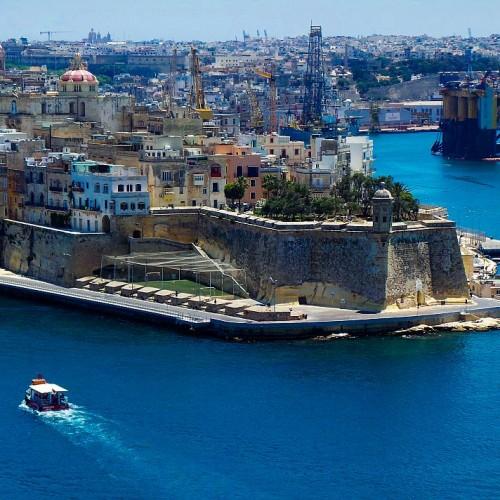 Revelionul în Malta, mai ieftin decât în Poiana Brașov