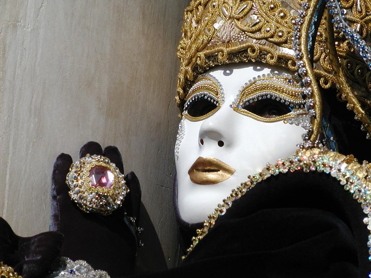 venice-masks-7-1438075