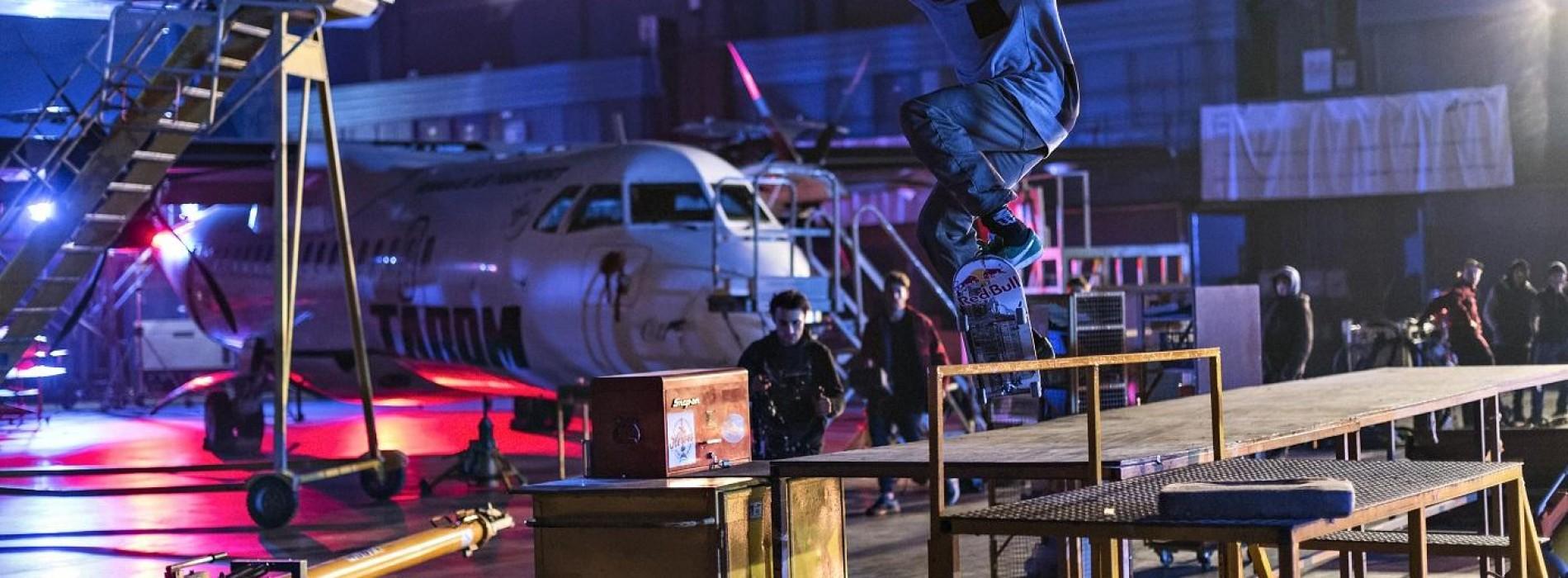 Avioanele românești prind aripi, într-o campanie cu skateri