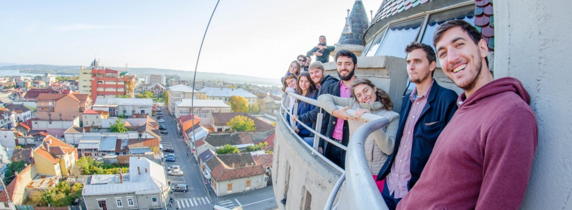 Zig Zag prin România. 10 tineri au luat țara la pas pentru 5 ani