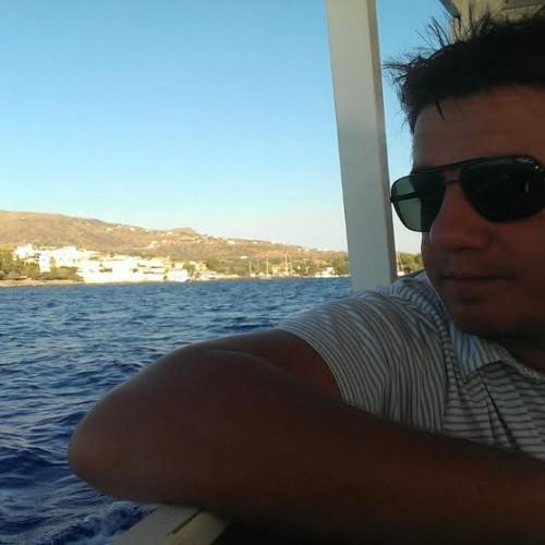 A dat România, pe insula în care s-a născut Zorba Grecul