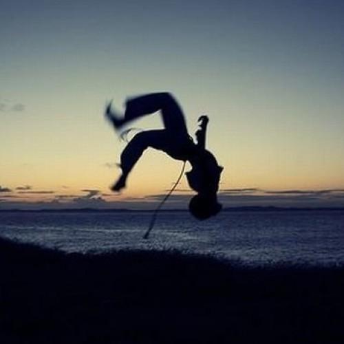Un portughez vrea să schimbe viețile românilor prin Capoeira