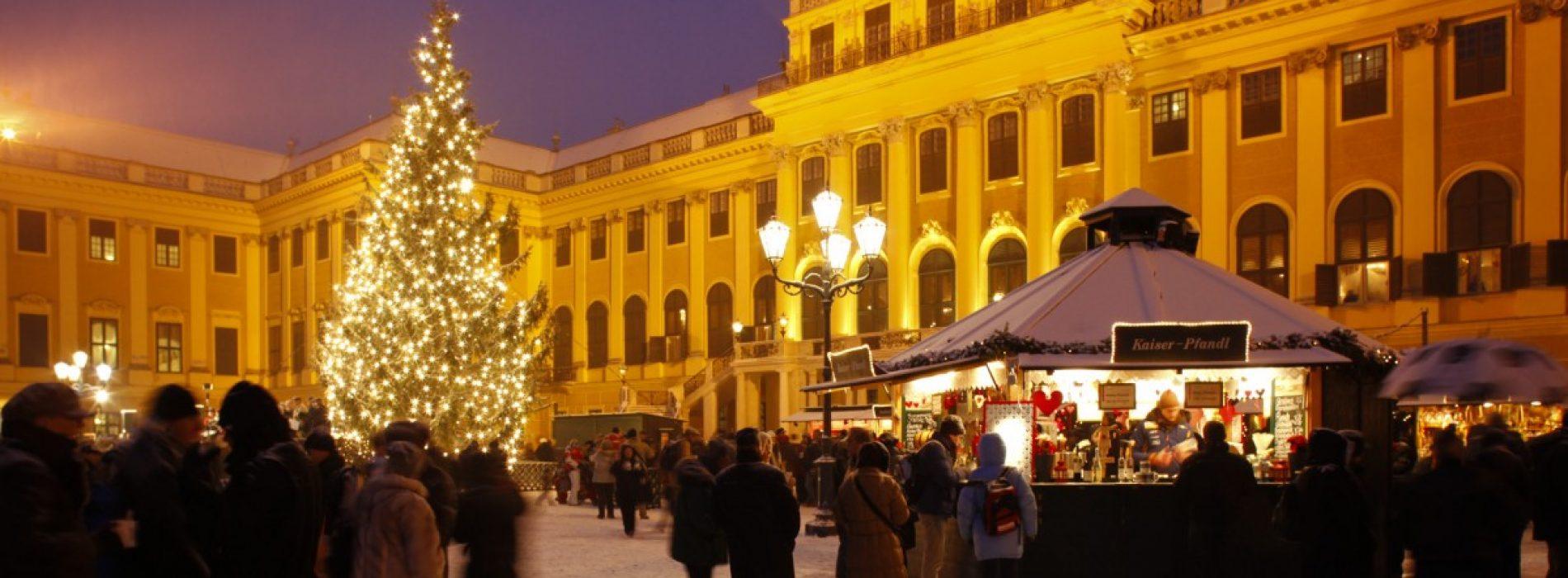 Viena, o capitală și 5 târguri de Crăciun ca în poveștile cu prinți și prințese