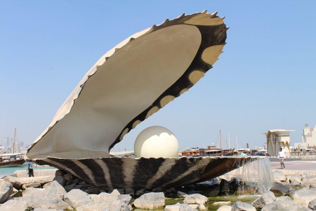 monumentul-perla