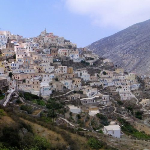 În 2017 va fi bătaie pe locurile de cazare din Grecia și din Spania