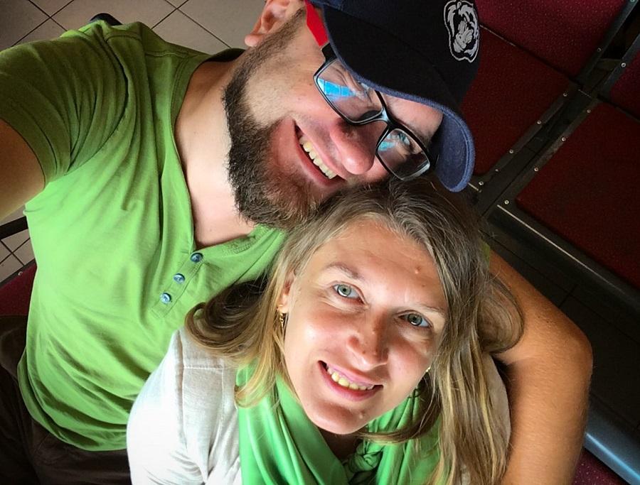Adriana și Cristi, călători cu un buget foarte calculat