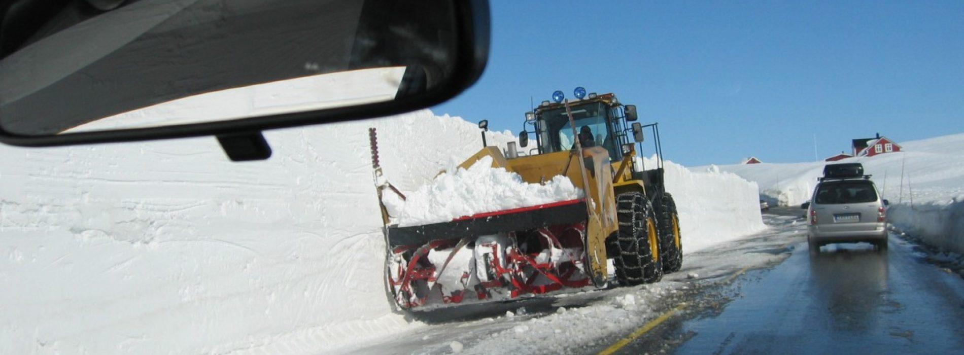 Cum conduci pe zăpadă, în condiții de siguranță