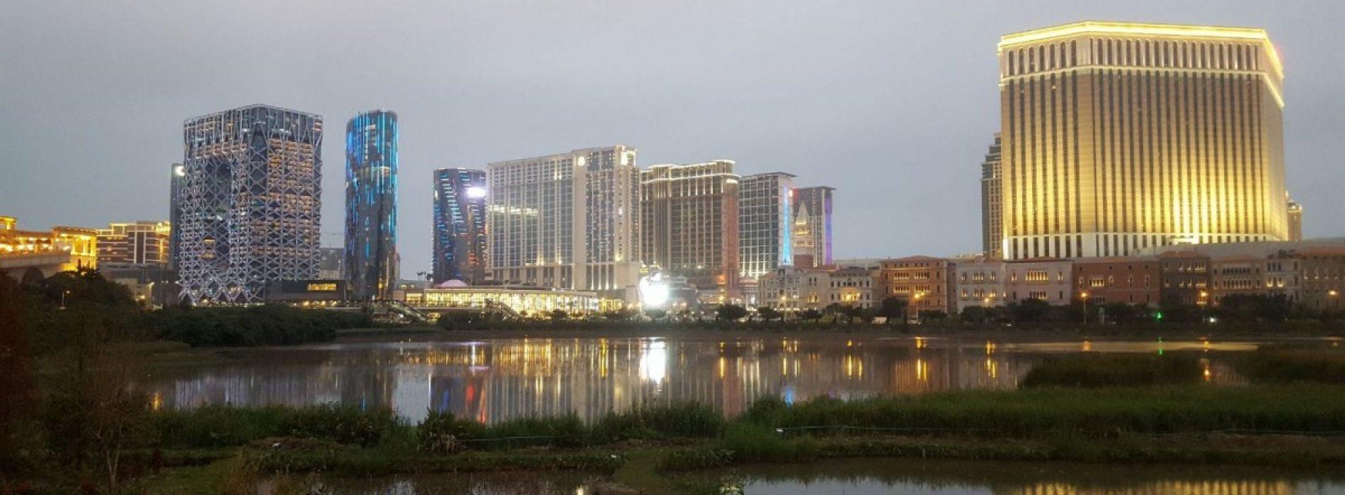 Macao, Las Vegas-ul Asiei, face spectacol