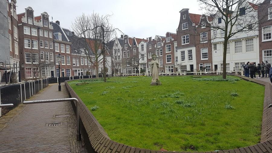 7 locuri pe care trebuie să le vizitezi în Amsterdam