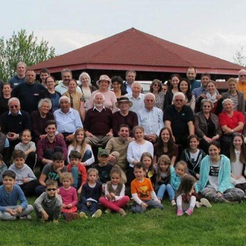 Când o familie de 92 de persoane se reunește în zi de sărbătoare