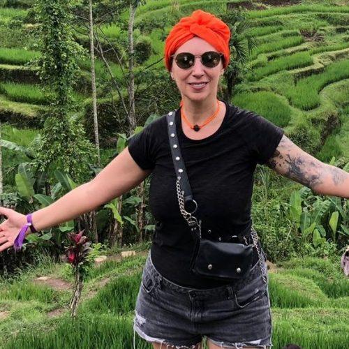 Christina Gramma, autoarea singurei enciclopedii românești de hair design, lansează moda călătoriilor estetico-terapeutice