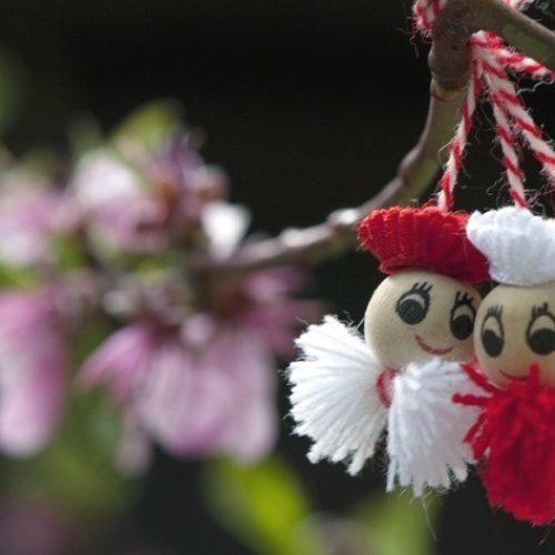 Tradiții de primăvară. Mărțișor aduce noroc și fericire tot anul!