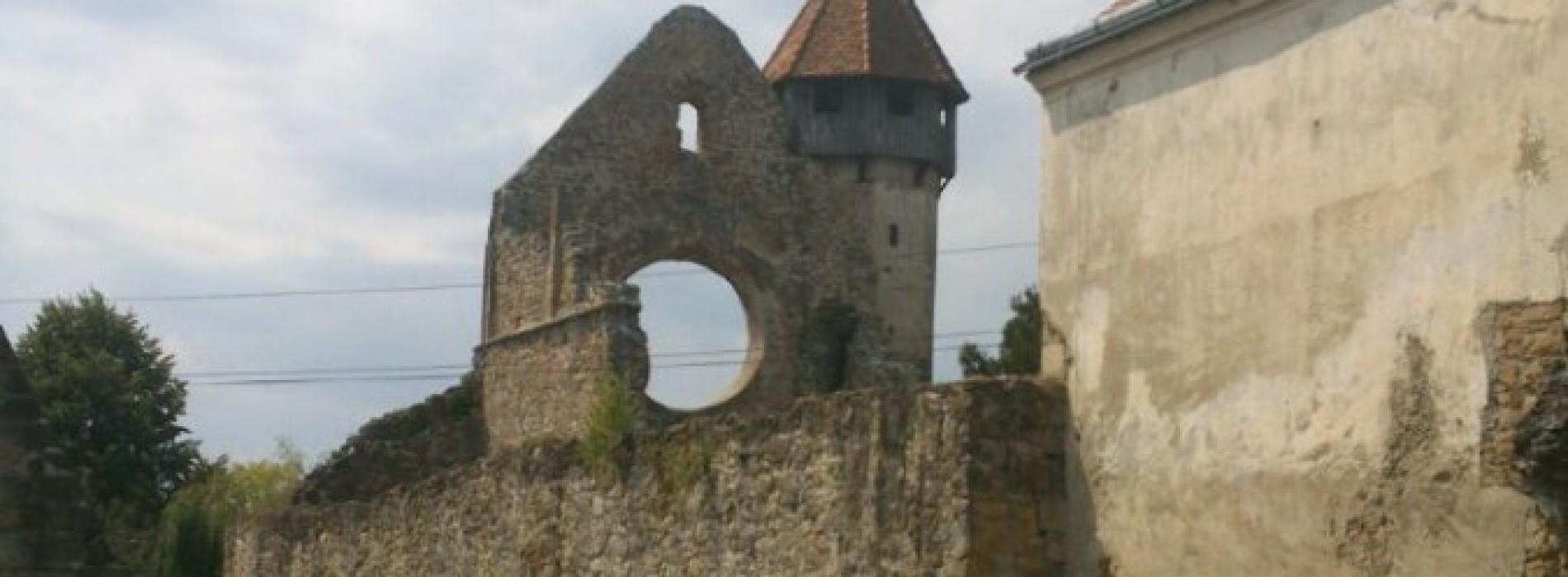 Cucerește Cetatea Cârța!